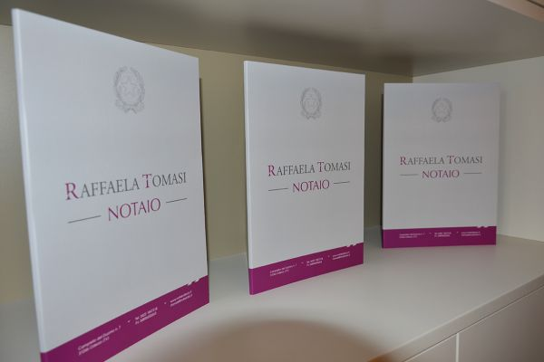 studio-notarile-raffaela-tomasi_5F78B3C6E-DCF6-F35A-D8AB-55E53C8C809F.jpg